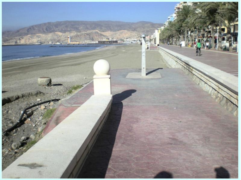 Proyecto de construcción aliviaderos de pluviales de la playa del Zapillo, T.M. de Almería (España)