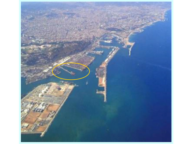 ALTERNATIVE PROJECT FOR THE EXPANSION OF THE SOUTHERN WHARF AT THE PORT OF BARCELONA, SPAIN